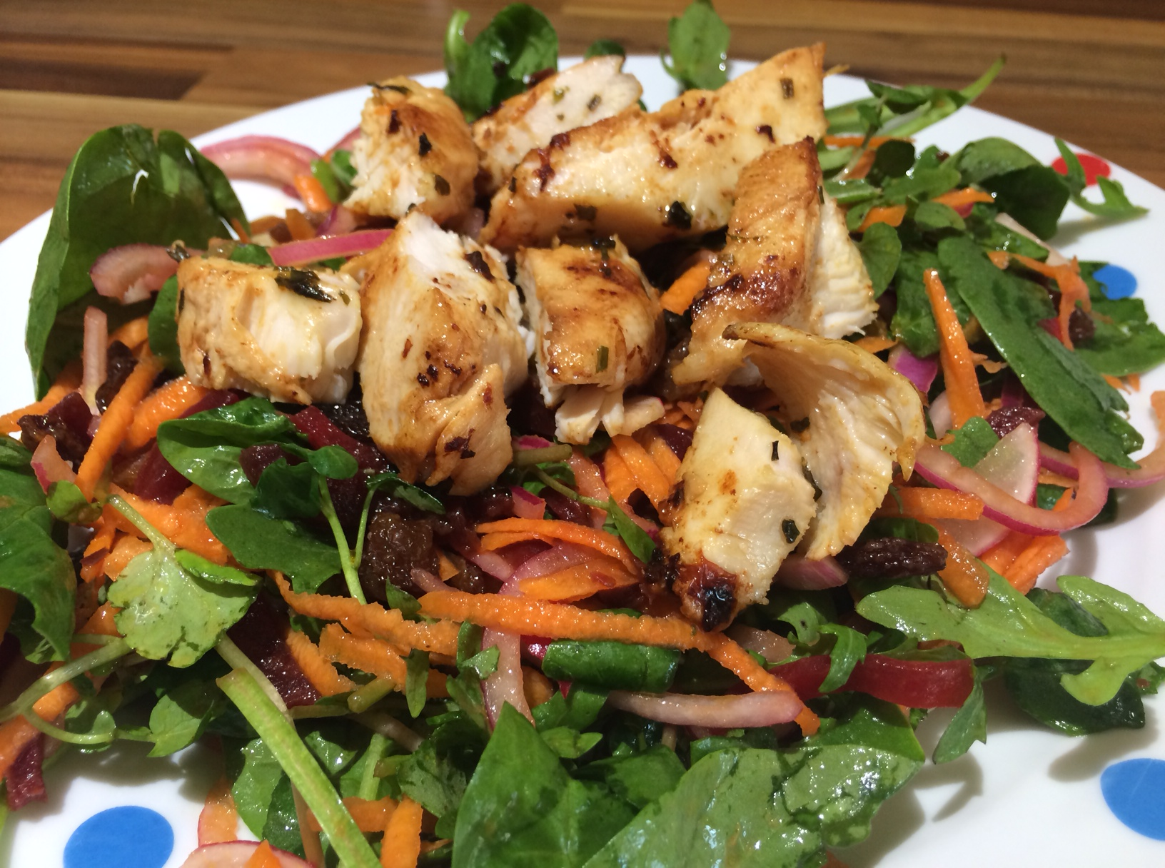 Beetroot & carrot salad with shredded chicken