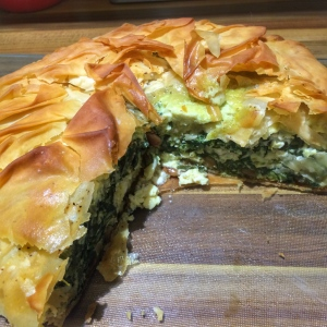 Feta and spinach pie with filo pastry