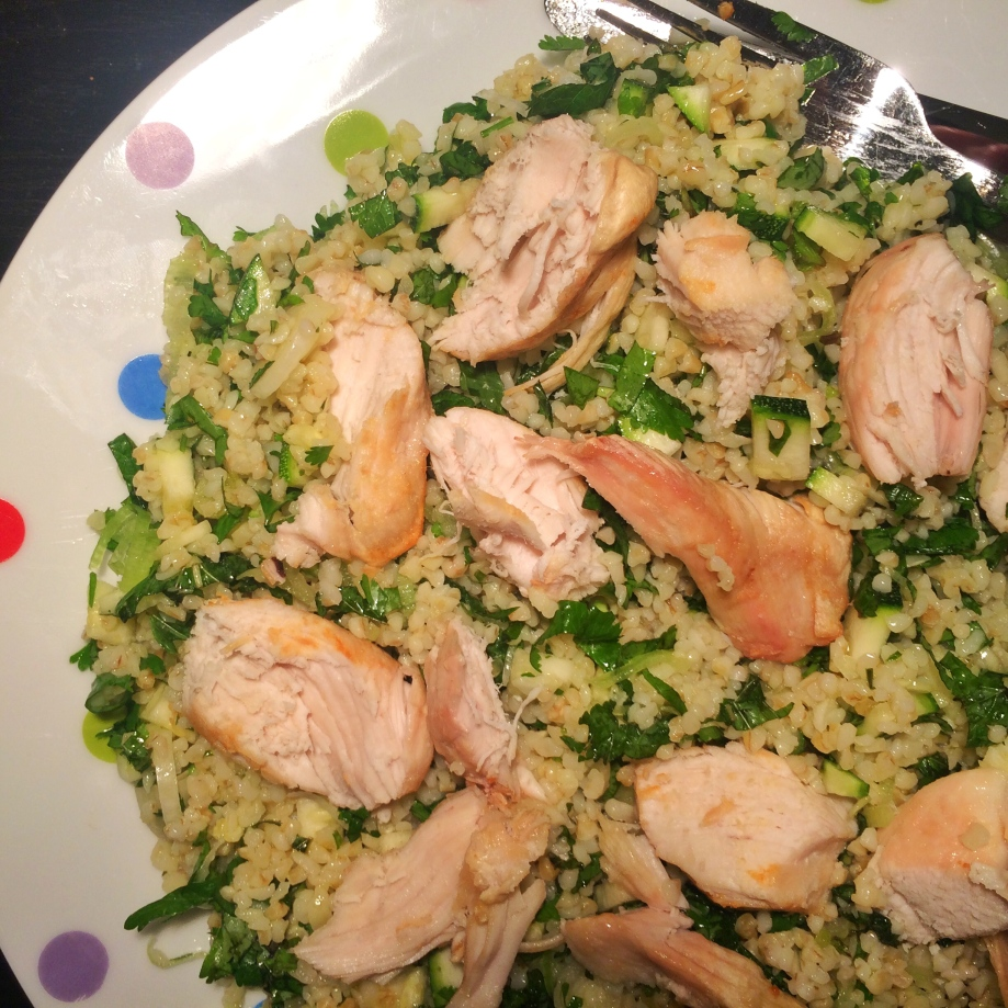 Bulgur wheat salad with roast chicken