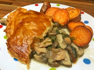 Chicken, spinach and mushroom pie